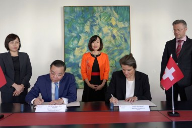 Việt Nam thúc đẩy hợp tác song phương về nghiên cứu và chuyển giao công nghệ với Thụy Sỹ