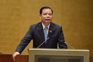 """Bộ trưởng Nguyễn Xuân Cường trả lời chất vấn: Nghị trường """"nóng"""" chuyện giải cứu nông sản, tàu 67; gỡ thẻ vàng EU"""