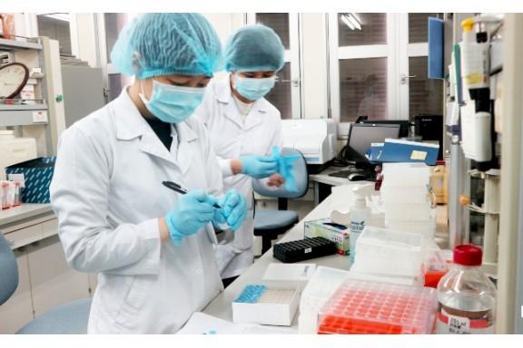 Kovalevskaia 2019 vinh danh nhóm nhà khoa học nữ phân lập thành công virus corona chủng mới