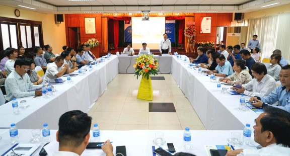 Lãnh đạo Hội VinaLAB thăm và làm việc tại Petrolimex Sài Gòn