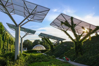 """Cùng lúc xuất hiện hai đột phá trong ngành pin Mặt Trời: vừa có vật liệu mới, vừa tạo ra điện năng từ """"ánh sáng vô hình"""""""