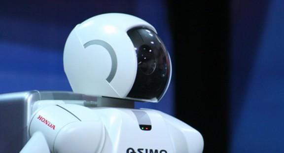 Nhật Bản thử nghiệm robot xếp hàng lên kệ tại cửa hàng tiện lợi