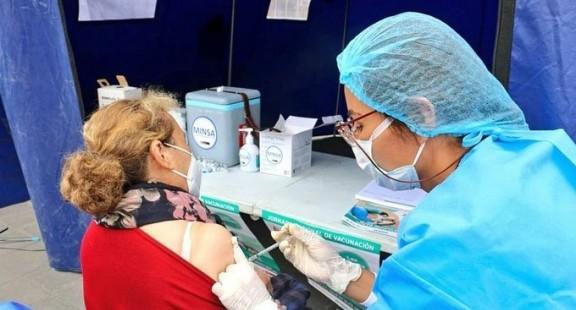 Vaccine Covid-19 Pfizer hoàn tất thử nghiệm, hiệu quả 95%