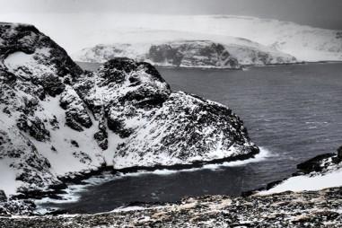Băng vĩnh cửu quanh Bắc Cực thải 140 triệu tấn CO2 mỗi năm