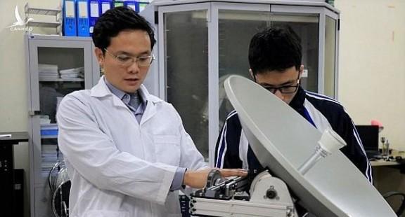 Nghiên cứu chế tạo trạm thu di động tín hiệu vệ tinh