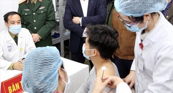 Việt Nam sẽ có khoảng 5 triệu liều vaccine COVID-19 vào cuối tháng 2