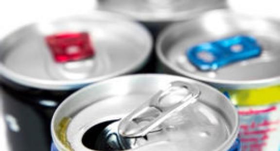 Nghiên cứu mới tiết lộ tác hại khôn lường của nước uống tăng lực