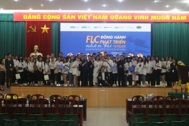 khoa du lịch trường đại học kinh doanh và công nghệ hà nội cùng tập đoàn FLC việt nam tổ chức workshop cho sinh viên K22 ngành du lịch