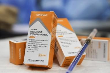 Bắt đầu thẩm định chất lượng vaccine ngừa COVID-19 do hãng Sinovac sản xuất