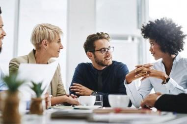 Mô hình hóa các ứng xử hòa nhập để xây dựng lòng tin với nhân viên