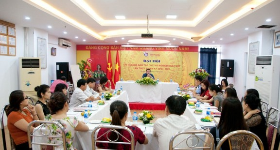 The Journalists Association today tested for the first time with the 'beat' together with the Journalists Association of Vietnam