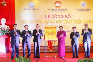 """Công bố """"Sách Vàng Sáng tạo Việt Nam"""" năm 2019"""