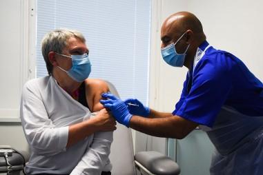 Novavax bắt đầu thử nghiệm vaccine Covid-19 ở Mỹ