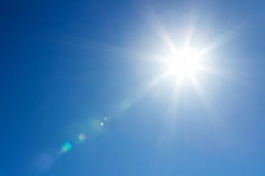 Phát triển loại nhựa phân hủy trong một tuần dưới ánh sáng Mặt trời