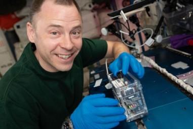 Thử nghiệm ISS phát triển bộ công cụ nghiên cứu ADN bằng CRISPR